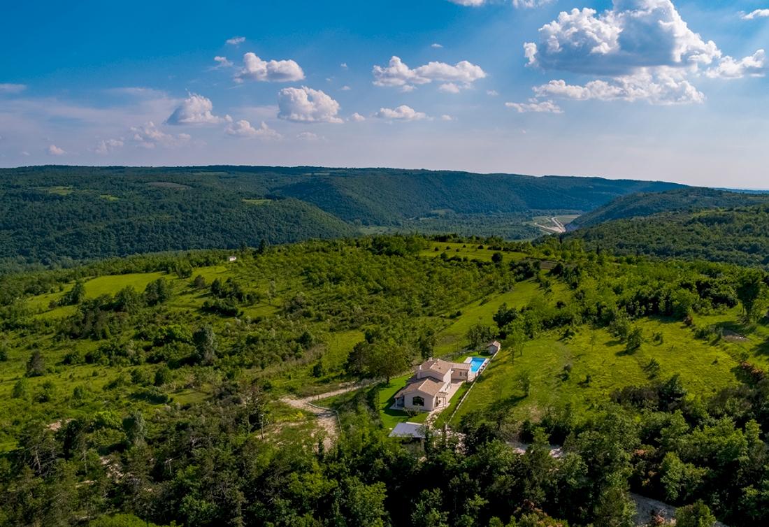Privatno imanje s panoramskim pogledom za prodaju - Centralna Istra