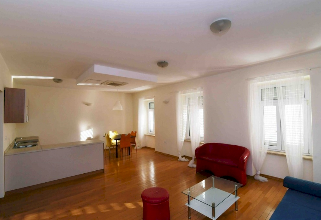 One-bedroom apartment for sale - Opatija center