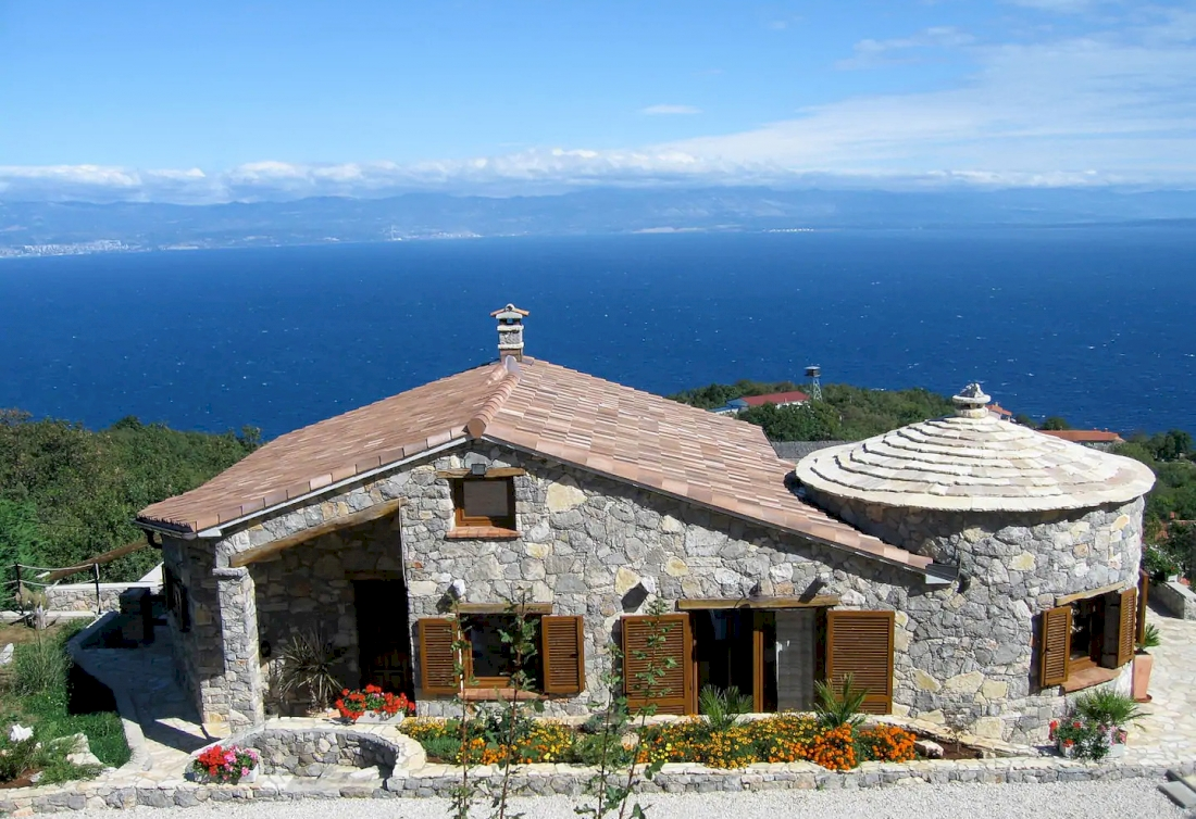 Stone villa with unobstructed sea view - Opatija Riviera