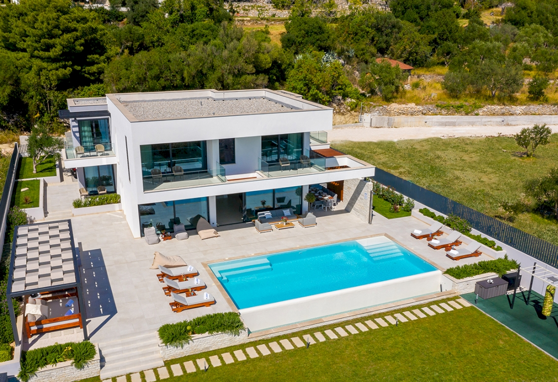 Modern villa with seaview for sale in Croatia, Split