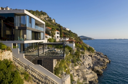 Waterfront properties: Luxury living by the sea